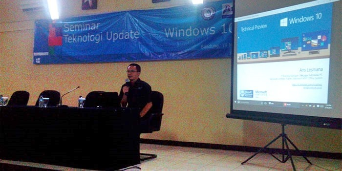 Presentasi-Windows-10-Technical-Preview-02